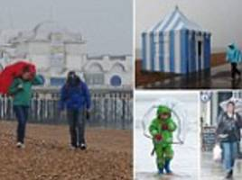 Wet weather: Britain to be lashed by worst Easter rains and thunderstorms for ten years today